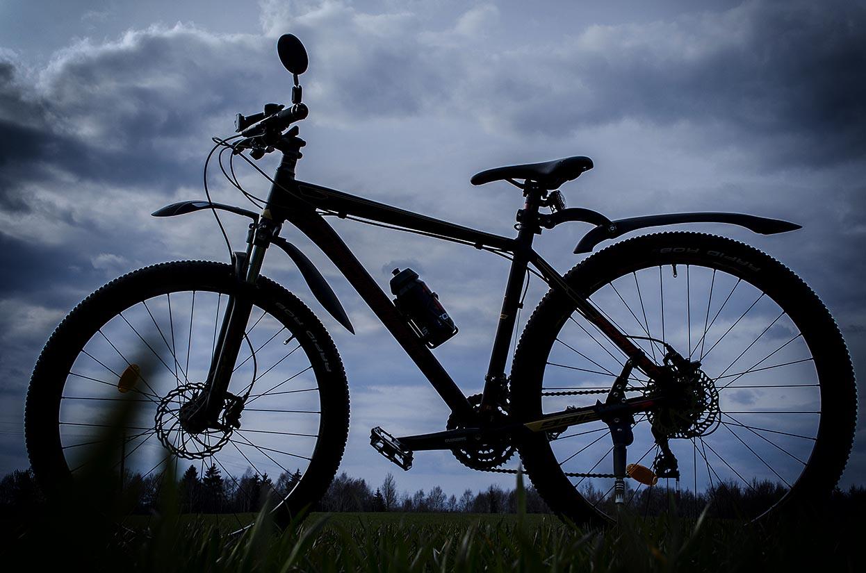foto-zheni-na-velosipede